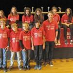 Sur la photo le groupe Bischwillerois, incomplet, sur la scène à Vendenheim.